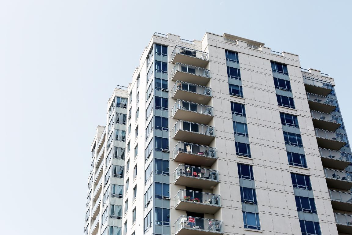 Rent-and-Save scheme merely prolongs the housing affordability problem by another five years <br />